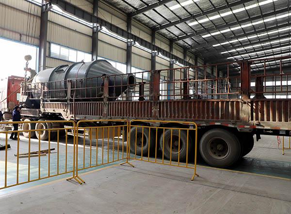 三效蒸发器设备装车