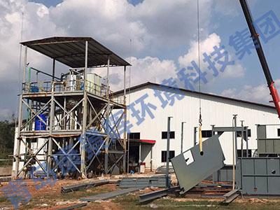 国外双效MVR蒸发器安装现场
